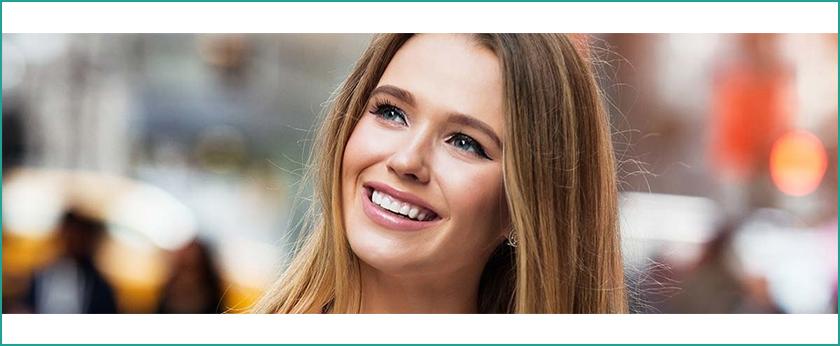 faccette dentali e apparecchio ortodontico invisibile